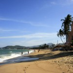 Nha-Trang-Beach-Vietnam-9